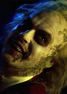 """Warner Bros. не собирается снимать сиквел """"Битлджуса"""""""