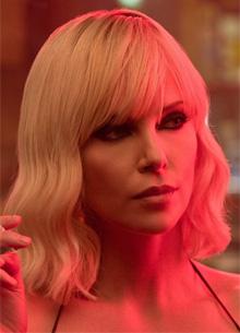 """Netflix снимет вторую часть """"Взрывной блондинки"""""""