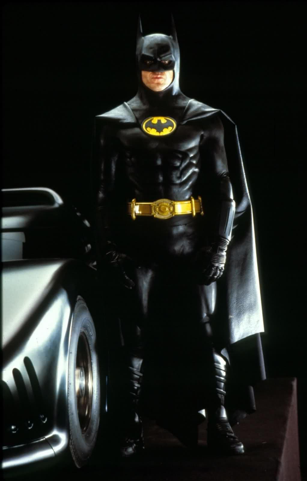Майкл Китон вновь наденет костюм Бэтмена