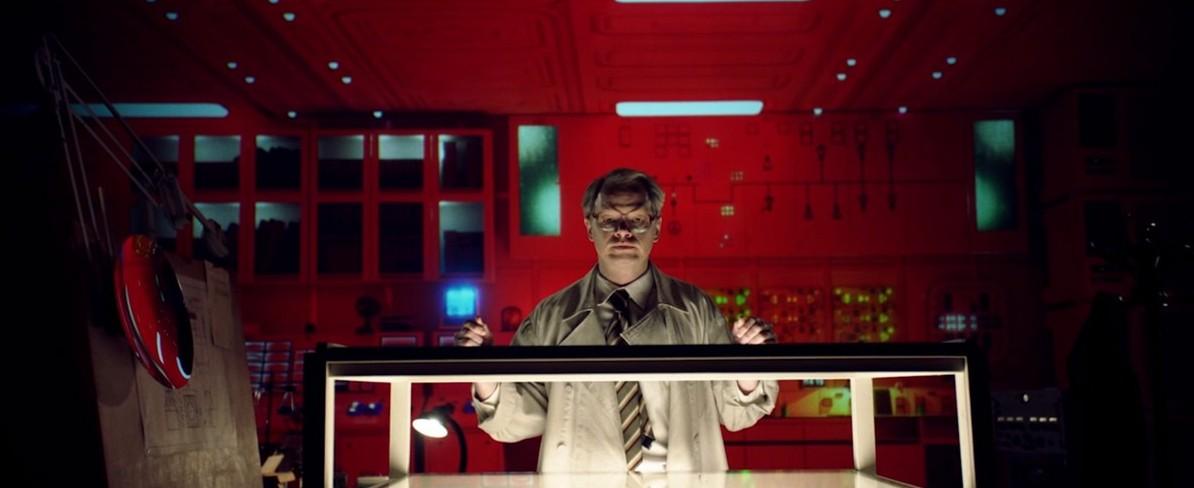 Алексей Усольцев создаёт водородную бомбу в трейлере фильма «Сахаров. Две жизни»