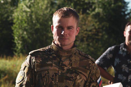 Макар Запорожский перевоплотится в сотрудника Росгвардии на съемочной площадке «Стражника»