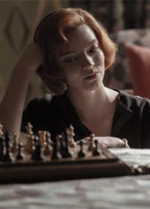Советский гроссмейстер подала в суд на создателей «Хода королевы»