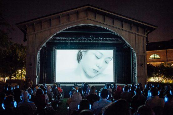 В программу второго фестиваля дебютного кино в Новой Голландии вошли фильмы «Мама, я дома» и «Криптополис»
