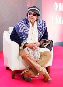 Митхун Чакраборти удивился изменениям в Ташкенте и пообещал сняться в фильме