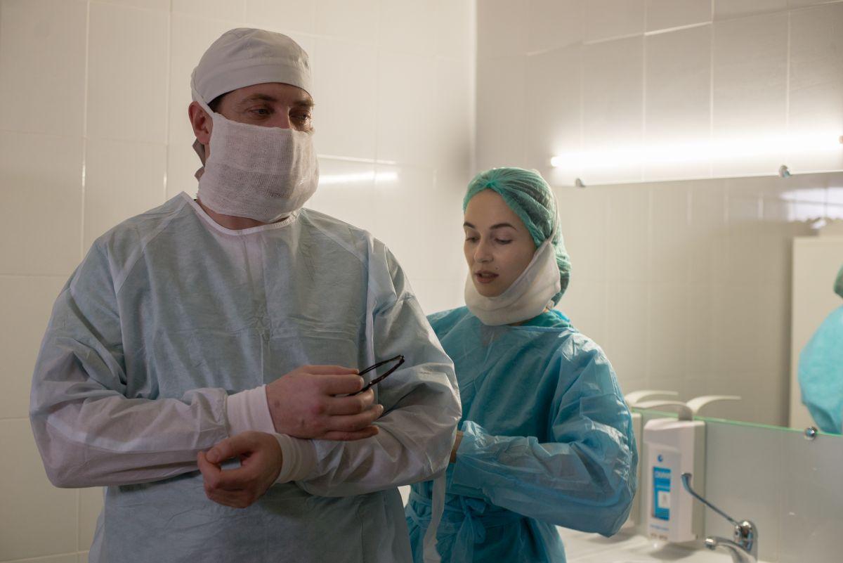 «Криминальный доктор» с Кириллом Сафоновым и Анной Снаткиной стартует 11 октября